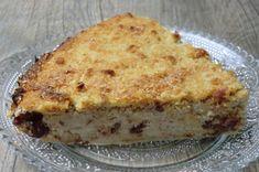 Une nouvelle version de gâteau à la noix de coco, aujourd'hui   avec de la banane et des cranberries ...   Délicieux et fondant!   ...