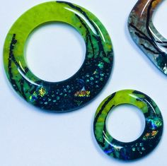 Creative Paradise mold used with frit and vitrograph pieces to make a graphically interesting fused glass pendant