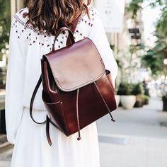 модные образы с рюкзаками