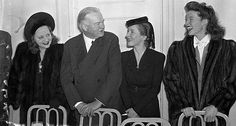 Tallulah Bankhead, Helen Hayes & Katherine Hepburn with President Herbert Hoover. Hooray For Hollywood, Golden Age Of Hollywood, Classic Hollywood, Old Hollywood, Tom Selleck Movies, Helen Hayes, Tallulah Bankhead, Hollywood Pictures, Happy Belated Birthday