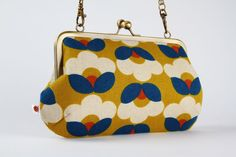 Metal frame purse with shoulder strap - MOD flowers on yellow - Little handbag / modern floral / mustard yellow orange blue / natural linen on Etsy, 45,25 €