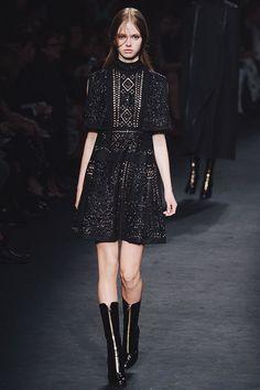 Slideshow : A Few Fashion Month Favourites - 45 Favourite Looks :: This is Glamorous