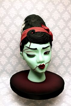 The attention to detail, from the eyelashes to the stitches is outstanding! Bride Of Frankenstein, Custom Cakes, Eyelashes, Fondant, Sculpting, Icing, Stitches, Urban, 3d
