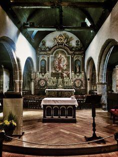 Église Notre-Dame de Larmor (XV-XVIème siècle). Photo © Copyright Yves Philippe