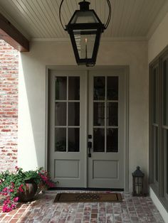 Ideas farmhouse front door colors floors for 2019 Unique Front Doors, Best Front Doors, Modern Front Door, Front Door Design, Front Door Colors, Exterior Paint Colors, Exterior House Colors, Exterior Doors, Interior Colors