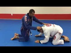 Loop Choke from Turtle Position - YouTube