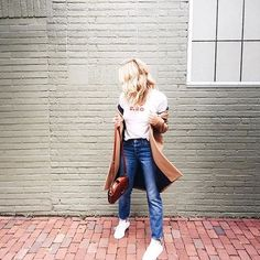 denim madewell casual jeans and a tee ️http://liketk.it/2pkJ6