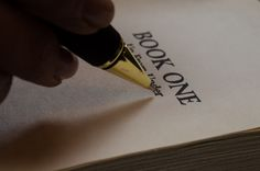 10 SIMPLE BUT VERY EFFECTIVE STEPS TO BECOME A BETTER WRITER (PART 1).