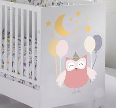 Who doesn't like owls? Especially an owl enjoying a party! This creative design from our owl wall stickers collection is perfect for kids. If your children love animals such this happy cute owl then decorate their room with this decal.  #owl #baby #home #bedroom #decoration #easy #original #colorful #cute #stickers #tenstickers #cheap
