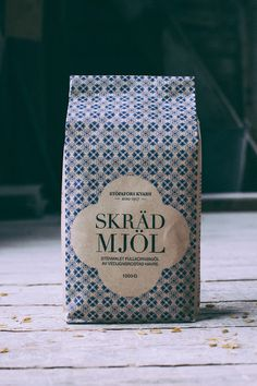 Stöpafors Kvarn Flour Packaging Concept by Marie Andersson, Malin Bragby & Sebastian Edman Rice Packaging, Bread Packaging, Bakery Packaging, Craft Packaging, Cookie Packaging, Food Packaging Design, Packaging Design Inspiration, Branding Design, Corporate Branding