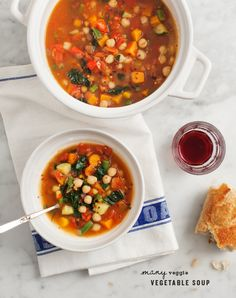 many-veggie vegetable soup + 4 other delicious recipes in this week's Fall vegetarian meal plan | Rainbow Delicious