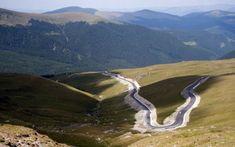 Cele mai frumoase şosele din România, locurile de vis din Munţii Carpaţi care transformă şofatul în plăcere