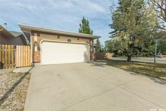 263 Radisson Bay North in Regina: Westhill RG Residential for sale : MLS® # SK708549