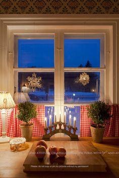 I Lilla Kamomillas Villa: Har du också ett fint hem? Sweden Christmas, Christmas Interiors, Christmas Kitchen, Scandinavian Christmas, Scandinavian Home, Christmas Love, Winter Christmas, All Things Christmas, Xmas