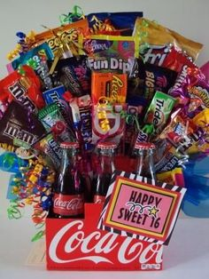 Birthday - Sweet Celebrations by Stacey by Hercio Dias Candy Boquets, Candy Bouquet Diy, Gift Bouquet, Sweet 16 Gifts, Easy Gifts, Homemade Gifts, Candy Gift Baskets, Diy Gift Baskets, Raffle Baskets