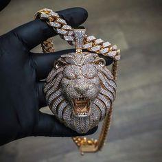 Mens Gold Jewelry, Cute Jewelry, Diamond Jewelry, Jewelry Accessories, Jewelry Design, Etsy Jewelry, Diamond Pendant, Jewelry Ideas, Rapper Jewelry