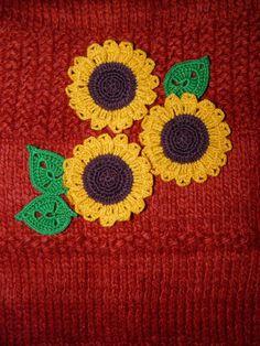 Set of 3 Crocheted Sunflower with leaves Flower Applique Embellishment  Yellow flower Sunflower applique by ElenaGift on Etsy https://www.etsy.com/listing/228828160/set-of-3-crocheted-sunflower-with-leaves