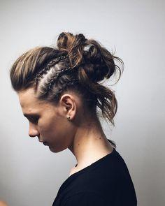 Фотографии на стене Veronika Backstage, Photo Wall, Dreadlocks, Hair Styles, Beauty, Hair Plait Styles, Photograph, Hair Makeup, Hairdos