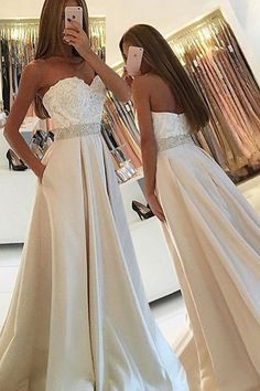 Simple Sweetheart Sleeveless Floor-Length Pockets Ivory Prom Dress