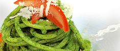 Bazalkové a rajčatové pesto Pesto, Korn, Seaweed Salad, Dressings, Green Beans, Spaghetti, Vegetables, Ethnic Recipes, Vegetable Recipes