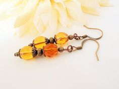 Dark Yellow Earrings Dangle Copper Earrings par chicagolandia