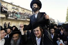 Google Image Result for http://blogs.reuters.com/faithworld/files/2010/06/orthodox-jews-3.jpg