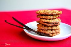 If you like peanut butter cookies then you have got to try peanut flour. You can cut your almond flour in half and replace it with peanut flour. I have a hard time finding keto ingredients so a link is provided. Paleo Chicken Recipes, Baby Food Recipes, Cookie Recipes, Vegan Recipes, Dessert Recipes, Delicious Desserts, Healthy Baby Food, Good Healthy Snacks, Cake Mix Cookies