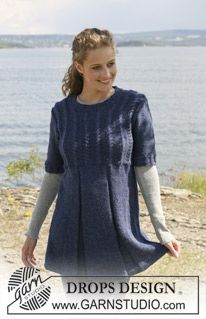 "DROPS tunic with cables in 2 threads ""Alpaca"". Size S - XXXL ~ DROPS Design"