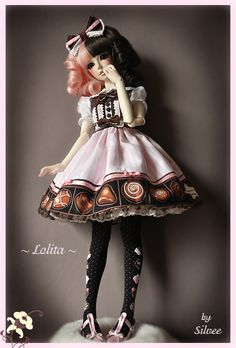 """noblelement: """" (via egl: Melty Chocolate dress for Ball Joint Doll! ^___^*) absolutely gorgeous! """""""