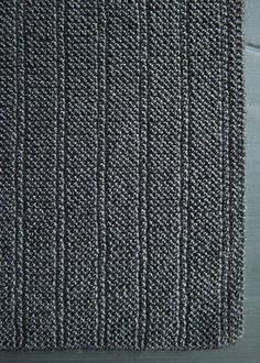 Garter stitch is a beginner's best friend, and even for the most seasoned knitters, it holds an important place in our repertoire of stitch patterns. Beginner Knitting Patterns, Knitting For Beginners, Loom Knitting, Knitting Stitches, Knit Patterns, Stitch Patterns, Knitting Paterns, Sweater Patterns, Knitting Tutorials
