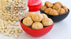 Traditional melt-in-the-mouth Chinese Peanut Cookies made gluten free with rice flour. They are a favorite during the Chinese New Year and popular throughout the year. | Food • Culture • Stories at MalaysianChineseKitchen.com