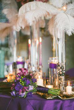 white feather centerpiece Great Gatsby wedding inspiration  #gatsby #wedding #style www.dalmatia-events.com
