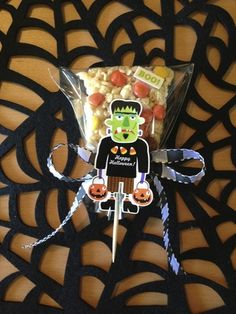 Halloween treat decorations for your party!!  Decorate your rice krispies with soft spoken embellishments.  On mambi blog.  Easy and fun!