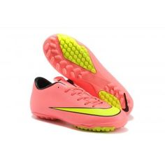 Check out the soccer cleats for men from nike brand availabe at USA Soccer  Shopping. 5943df4d501c9