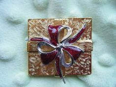 Vintage Christmas Jewelry  Vintage Signed  Christmas by gammiannes, $17.00