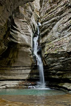 Thunder Canyon Falls on Cecil Creek, Buffalo National River Area, Ozark Mountains, Arkansas.