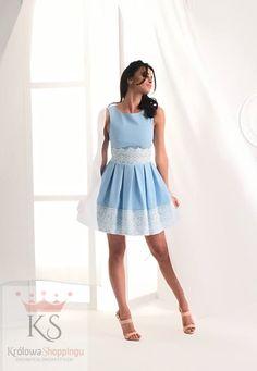 Rozkloszowana koktajlowa niebieska sukienka z koronką, idealna sukienka na wesele // fashion4u.pl sukienki koronka, lacedresses , cocktaildress , vestidos Dresses, Fashion, Vestidos, Moda, Fashion Styles, The Dress, Fasion, Dress, Gowns