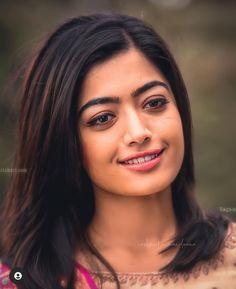 Most Beautiful Bollywood Actress, Beautiful Indian Actress, Beautiful Actresses, Beautiful Girl Hd Wallpaper, Cute Black Wallpaper, Cute Baby Girl Images, Stylish Girl Images, Beautiful Blonde Girl, Beautiful Girl Photo