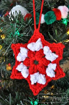 Crochet Patterns Ravelry Ravelry: Crochet Christmas Star Granny Ornament pattern by Sara McFall Tutorial … Crochet Christmas Decorations, Christmas Crochet Patterns, Crochet Ornaments, Holiday Crochet, Crochet Crafts, Crochet Projects, Crochet Ideas, Christmas Pickle Ornament, Star Ornament