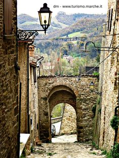 Macerata Feltria: Castle, Marche, Italy Regions Of Italy, The Beautiful Country, Medieval, Cool Landscapes, Adventure Is Out There, Italy Travel, Wonderful Places, Tuscany, Bella