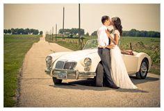 #vintage #wedding #photography from RomanceExists.com