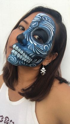 Skull Face Paint, Face Paint Makeup, Halloween Masked Ball, Fantasy Make Up, Sugar Skull Makeup, Character Makeup, Make Up Art, Halloween Makeup Looks, Face Painting Designs