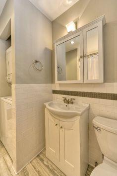 Trendy bathroom closet redo washer and dryer ideas Bathroom Design Small, Bathroom Layout, Modern Bathroom, Bathroom Ideas, Bath Design, Closet Redo, Laundry Closet, Closet Ideas, Laundry Bathroom Combo