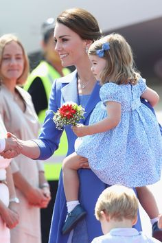 William, Kate, George and Charlotte Arrive in Berlin