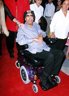 """Pryor used a power-operated vehicle/scooter due to multiple sclerosis.On December 10, 2005, Pryor suffered a heart attack in Los Angeles. He was taken to a local hospital after his wife's attempts to resuscitate him failed. He was pronounced dead at 7:58 a.m. PST. He was 65 years old. His widow Jennifer was quoted as saying, """"At the end, there was a smile on his face."""" He was cremated, and his ashes were given to his family"""