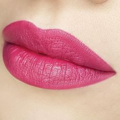 48 Stunning Lip Colors Inspirations Ideas To Try Right Now Lip Gloss Colors, Pink Lip Gloss, Lipstick Colors, Lip Colors, Lipstick Shades, Hot Pink Lipsticks, Lipstick Dupes, Matte Lipstick, Flawless Makeup