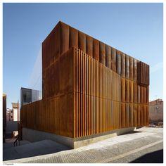 Imagen 2 de 11 de la galería de Juzgados de Balaguer / Arquitecturia. Fotografía de Pedro Pegenaute