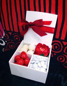 idea bomboniera wedding White&red