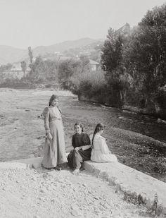 river_bardoni_at_zahleh_lebanon._1900-1920