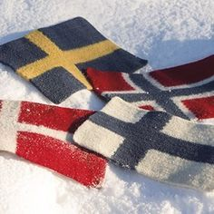 Sitteunderlag Flagg - Viking of Norway Norway, Vikings, Sweden, Scandinavian, Knit Crochet, Diy And Crafts, Presents, Diy Projects, Embroidery